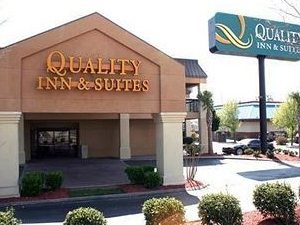 Quality Inn and Suites At Six Flags