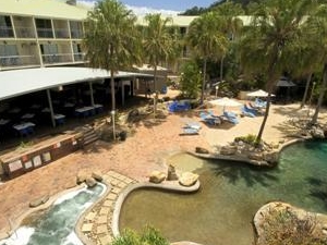 Comfort Resort Club Crocodile Airlie Beach