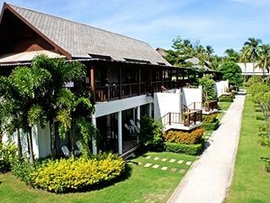 Twin Lotus Resort and Spa