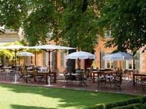 Hostellerie De L Abbaye De La Celle