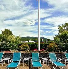 Fireside Inn and Suites Gilford