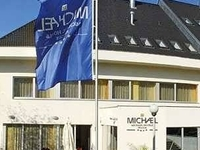 Acc-nifos Michael Hotel
