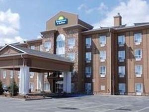 Holiday Inn Express Strathmore