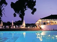 Hotel Caravos