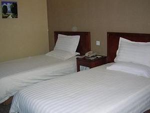 Greentree Inn Shanghai Quyang Hotel