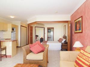 Water's Edge Resort Hotel