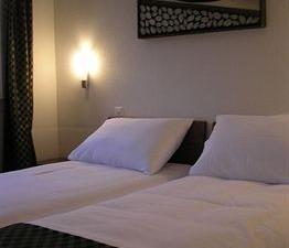 Hotel De La Lande