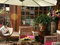 Blossom Town Boutique Resort
