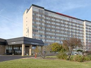 Howard Johnson Plaza Hotel