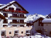 Hotel Chesa Guardalej