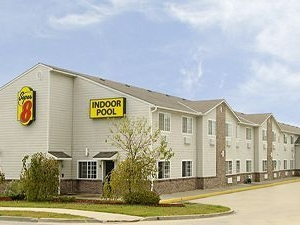 Super 8 Motel - Platte City/kci Airport