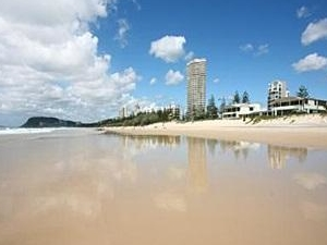 Outrigger Resort - Burleigh