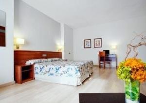 Albahia Tennis and Bussines Hotel