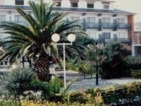 Alfar (Hotel)