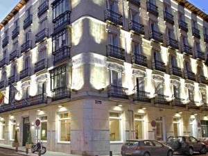 Lusso Hotel Infantas