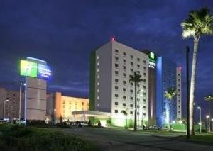 Holiday Inn Express & Suites Toluca Zona Aeropuert