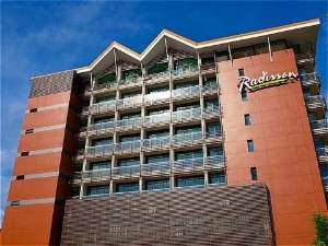Radisson Summit Hotel And Golf
