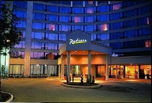 Radisson Hotel Tor East