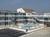 Quarterdeck Motel