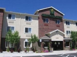 Crestwood Suites Of Denver Aur
