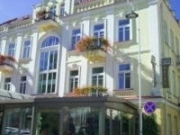 Artis Hotel