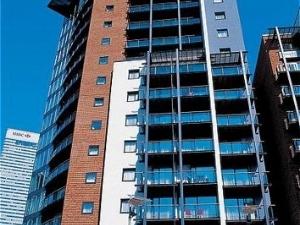 Fraser Place Canary Wharf