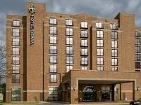 Hotel Sierra Green Bay