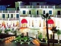 Leonessa Hotel