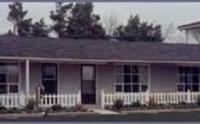 Colonial House Motor Inn