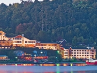 Cabana Del Lago Hotel