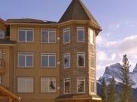 Falcon Crest Lodge