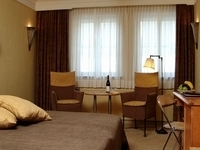 Fragrant Hill Hotel