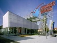 Orange Wings Krems
