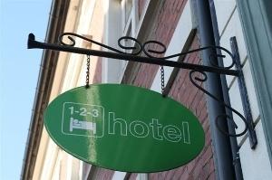 1 2 3 Hotel Kristiansand