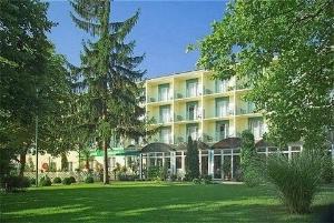 Real Hotel Balatonfoldvar