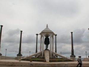 Mahabalipuram and Pondicherry Tour
