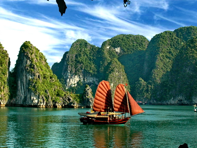 Ha Long Bay Tour Package Photos