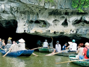 Bai Dinh - Trang An Day Tour by Viet Rice Travel Photos