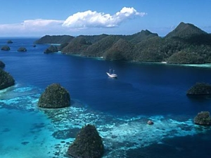 Explore the Last Paradise on Earth, Raja Ampat - Papua