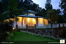 Clovefield Villa At Night