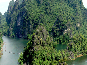 5D4N The wonder of Hanoi - Halong - Ninh Binh Photos