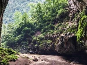 Paradise Cave 1 Day - Quang Binh - Viet Nam Photos
