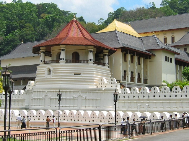Day Tour - Colombo to Kandy Photos