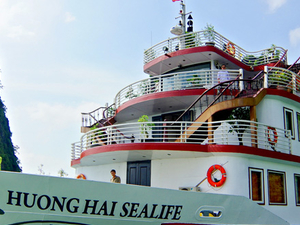 Best Price on Halong Huong Hai Sealife Cruise Photos