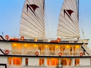 Halong Signature Luxury Cruise & Best Price Offers Photos