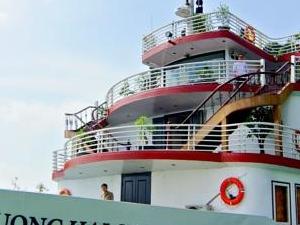 Huong Hai Sealife Cruise - Halong Cruise Photos