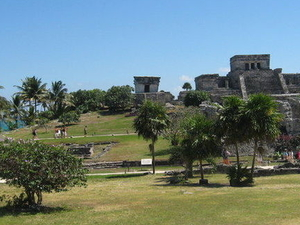 Tulum Ruins with Optional Akumal Beach Snorkeling and Lunch from Cancun  Photos