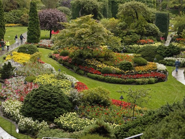 Vancouver to victoria and butchart gardens tour by bus - Butchart gardens tour from victoria ...