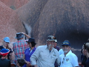 Uluru (Ayers Rock) and The Olgas Tour Including Sunset Dinner from Alice Springs Photos