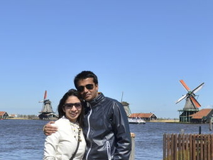 Amsterdam Super Saver: Zaanse Schans Windmills, Volendam and Marken Half-Day Tour plus Keukenhof Gardens Tour Photos